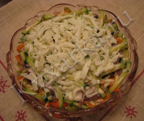 Слоеный салат с языком