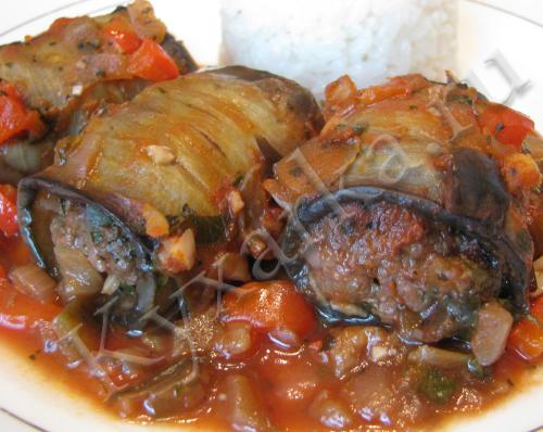 Трубочки из баклажанов с говядиной и овощами