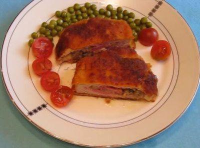 Кармашки из свиной корейки с начинкой