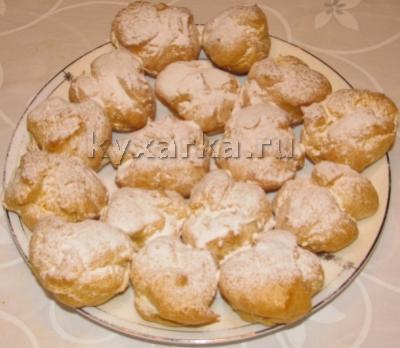 Заварные пирожные с творожным кремом