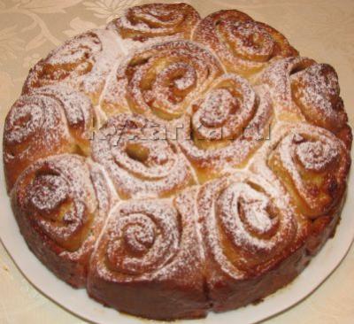 """Дрожжевой пирог """"Розы"""""""