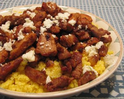 Банош (бануш) со свининой и брынзой